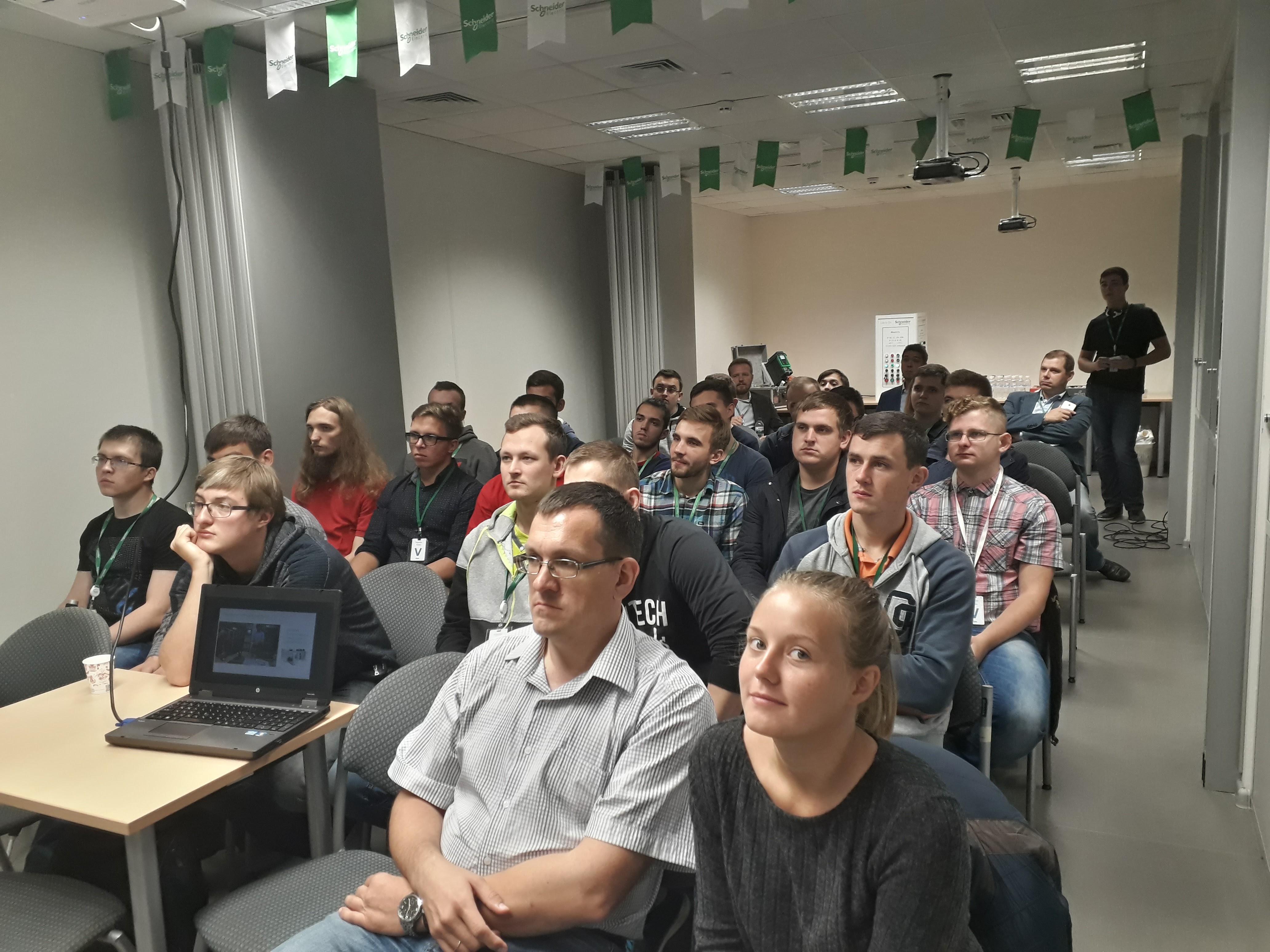 Тренінг для студентів магістратури кафедри АЕМС-ЕП 2017