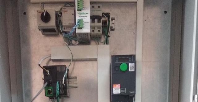 Новий стенд з обладнанням Schneider, каф. АЕМС-ЕП КПІ