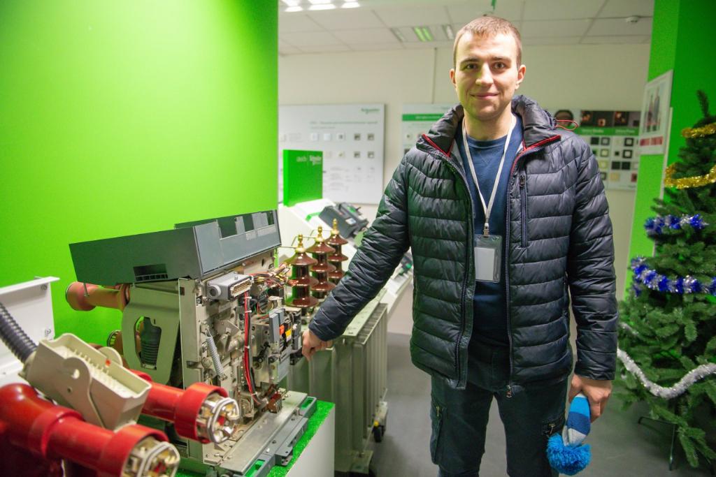 Тренінг в Scheider Electric. Кафедра АЕМС-ЕП КПІ Сікорського